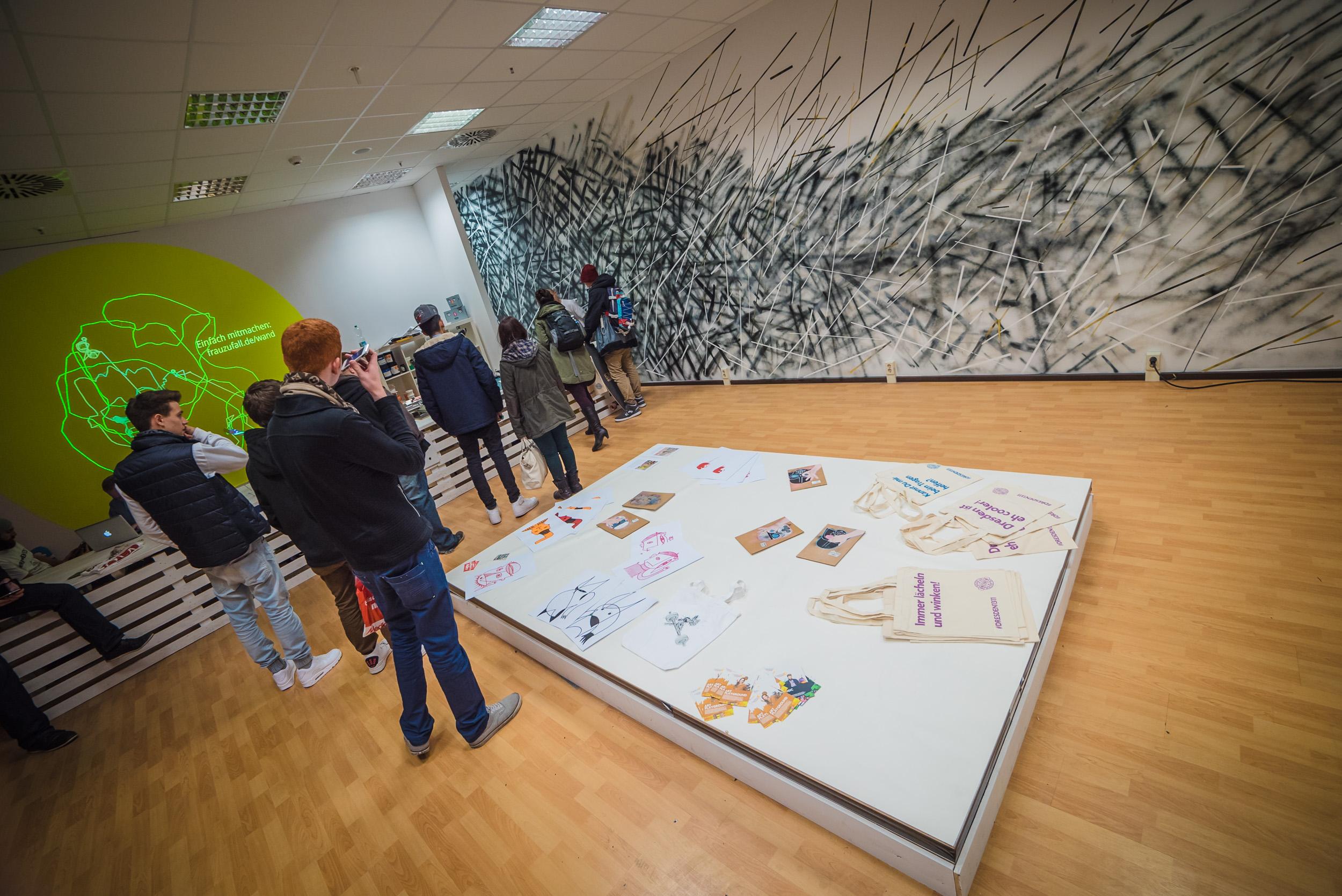 Siebdruck Auftrag Centrum Galerie Dresden 2